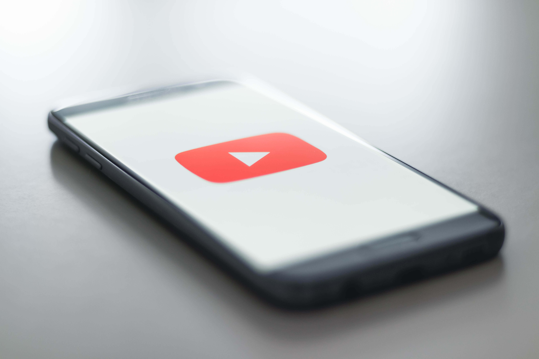 YouTubeでおすすめのおもしろい動画をまとめてみた【最新版】暇つぶしにも最適で勉強になるようなコンテンツもあり