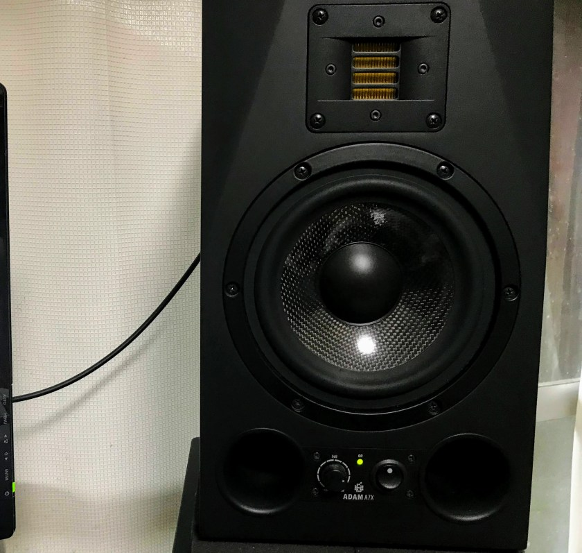 Adam audioA7Xの写真