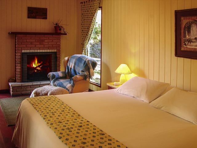 room-1706801_640