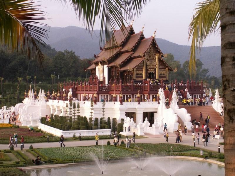 Classic Thai Grace in Architecture