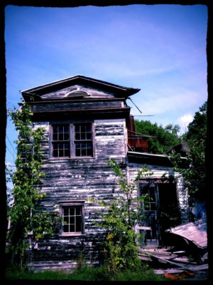 abandoned-town-hall-6