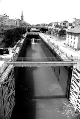 canal-lock