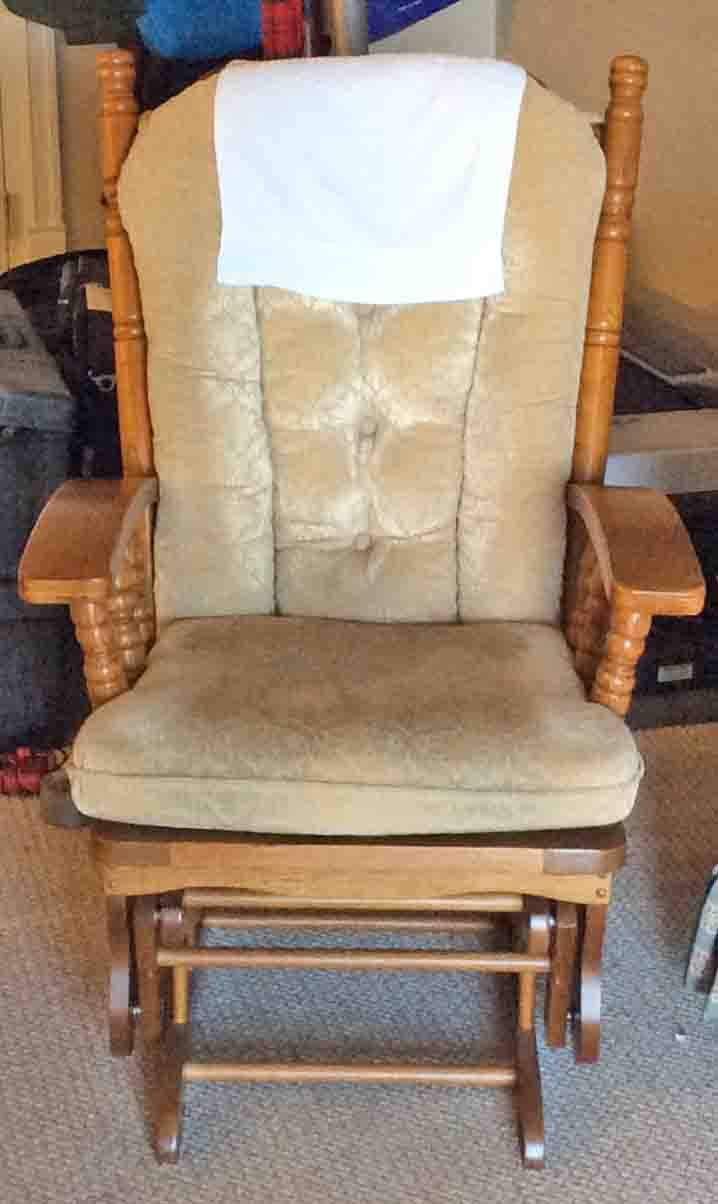 Fabulous Fixing Squeaky Wooden Glider Rocking Chairs Tips Toms Tek Machost Co Dining Chair Design Ideas Machostcouk