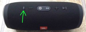 Picture of the JBL Charge 3 wireless speaker with its Bluetooth Discovery Mode button highlighted.