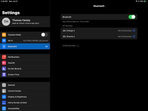 Screenshot of the iOS -Bluetooth Settings- page.
