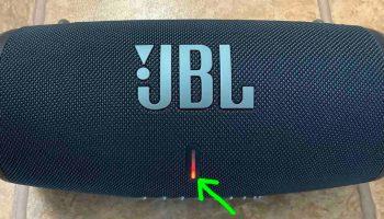 Jbl Clip 3 Red Light Stays On Won T Turn Off On Speaker Tom S Tek Stop