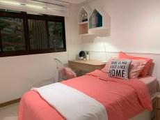 4 Room single bedroom