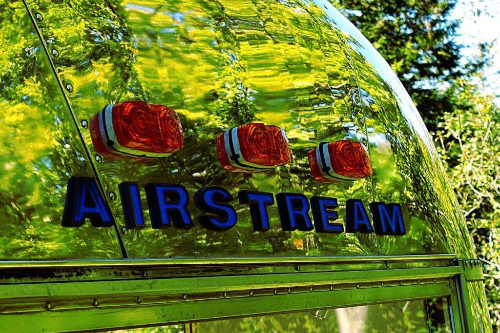 Glamping Airstream Wohnwagen Aussen Decal