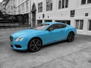 I loved this blue Bentley in Bergen