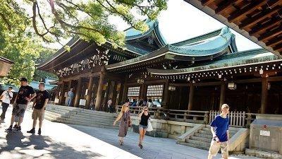 欧米人-日本旅行-明治神宮