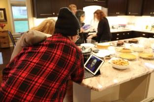 2015 11 26 Thanksgiving at VW Manor - 13