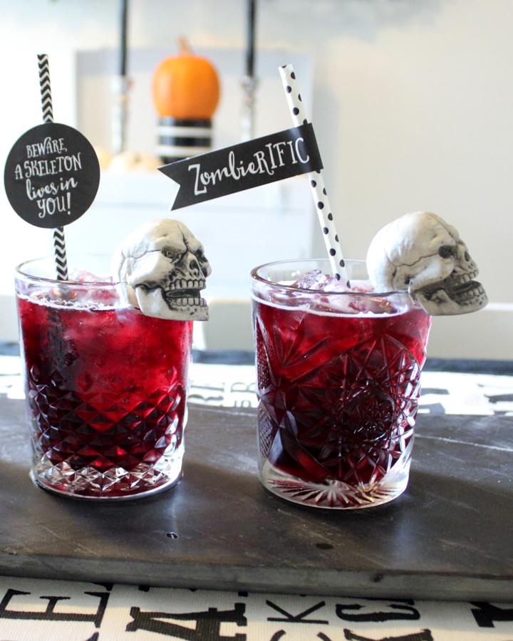 DIY Skull Drink Garnish: Halloween Decor Ideas