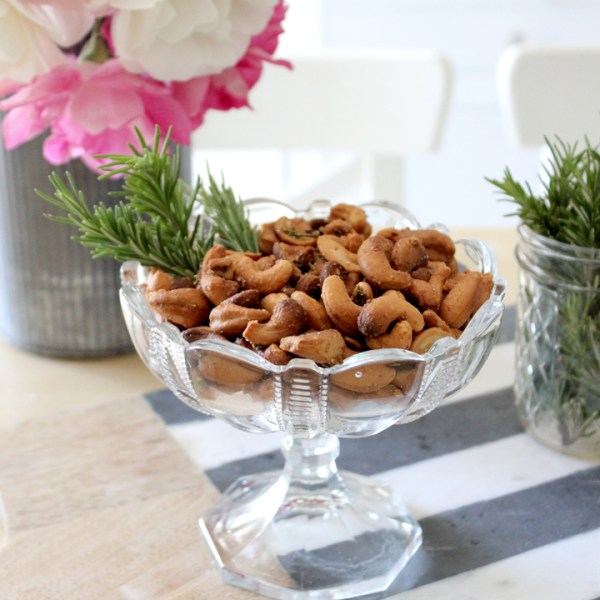 Rosemary Cashew Homemade Nuts
