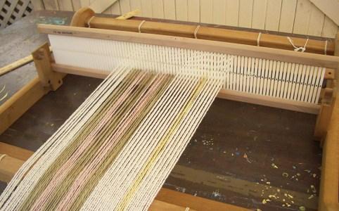 Weaving on Rigid Heddle Loom