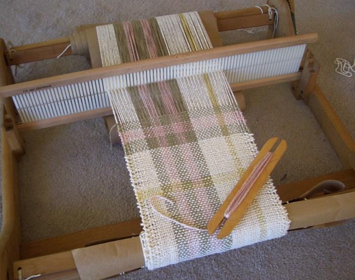 Weaving a Scarf Rigid Heddle