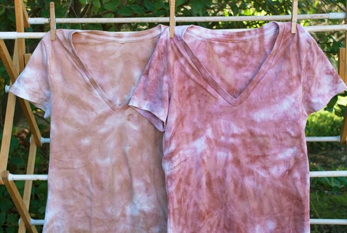 Cassandra Tondro leaf print t-shirts