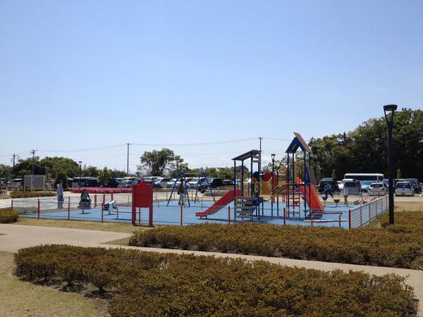綾瀬スポーツ公園 遊具広場