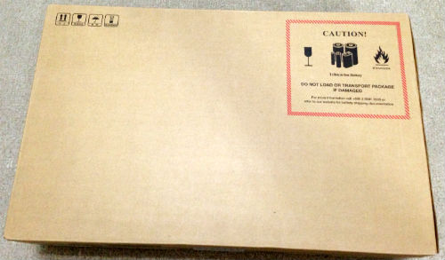 Aspire V5-122P-N44D/Sの入ったパッケージ
