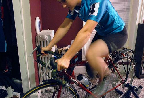 自転車 エクササイズ