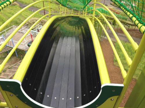 荻野運動公園 ロング滑り台のスタート地点