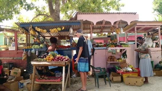ตลาดผลไม้ที่ Negril