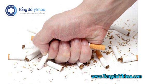 Bỏ hút thuốc có thể làm tăng mức HDL, cải thiện chức năng HDL và giúp bảo vệ sức khỏe của tim.