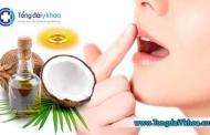 Cách sử dụng dầu dừa cho môi nứt nẻ, khô