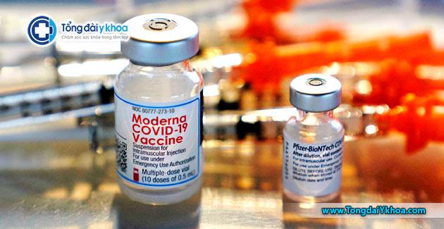 tiem tron vaccine moderna pfrizer