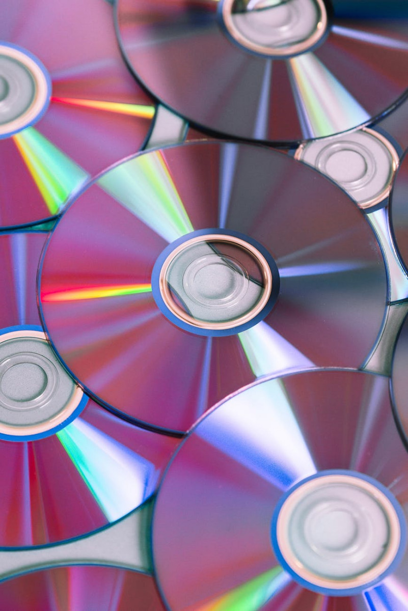 multi color compact discs
