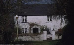 Ivy House Farm, Tongwynlais, Narrow L., 7 Ap 2000