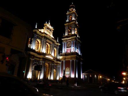 Igelesia San Francisico - bei Nacht