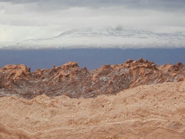 Schnee am Paso de Jama! An manchen Stellen der Atacama soll es über 20 Jahre nicht geregnet haben - wir hatten heftigen Schneefall und schwere Regenfälle!