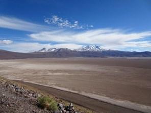 Salzsee bei Ollagüe - der Sand breitet sich überall hin aus