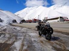 Passstraße von Teheran nach Tschalus - 2.500 m, minus 7 Grad im April