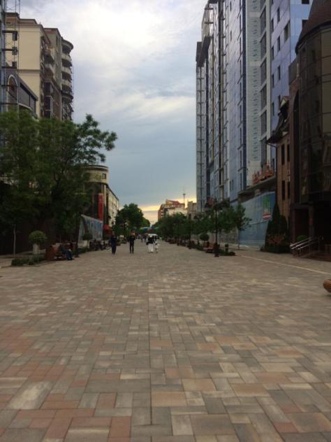 Fußgängerzone in Grosny - … es war Ramadan