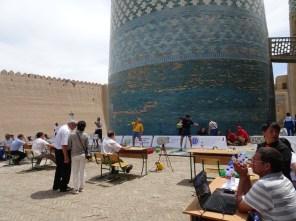 """""""Die stärksten Männer der Welt"""" zu Gast in Khiva"""