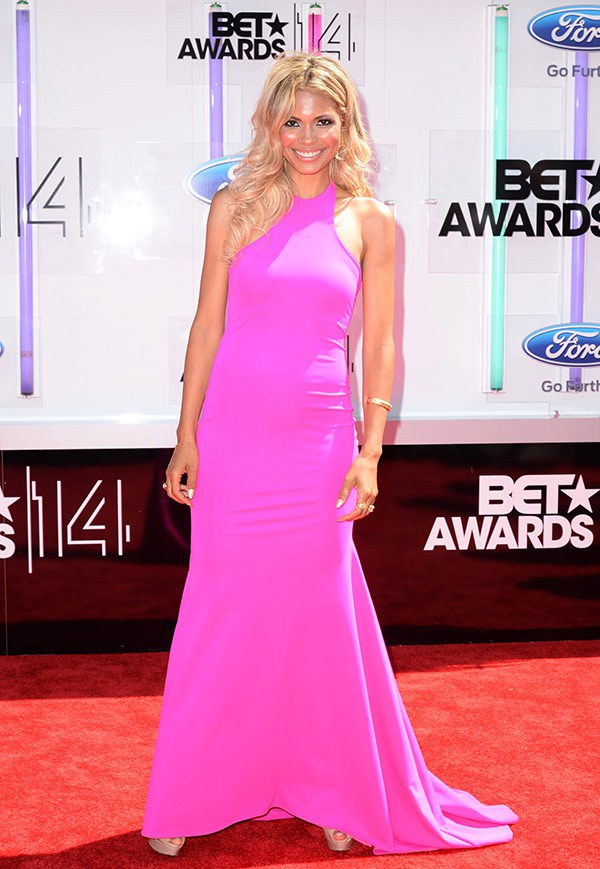 1 2014 bet red carpet jennifer freeman
