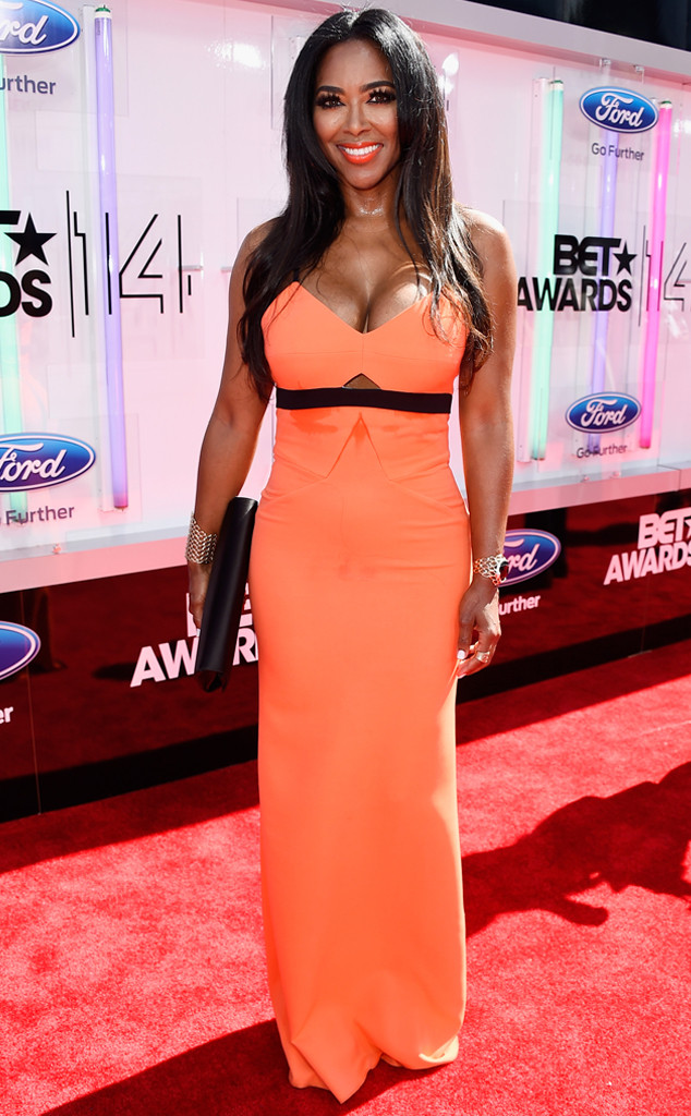 2014 bet red carpet kenya moore