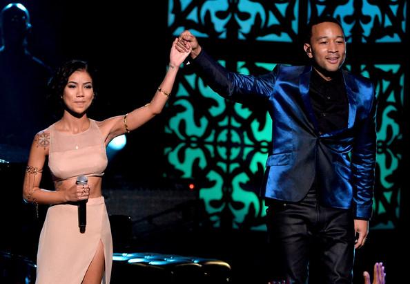"Jhene Aiko Performing ""The Worst"" 2014 BET Awards + Lyrics"