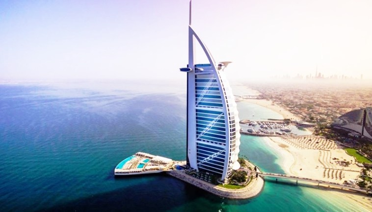 10-top-luxury-hotels-in-dubai-burj-al-arab-toni-payne-travel