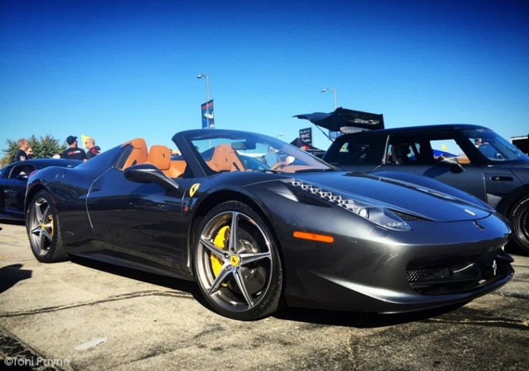 scs-ferrari-458-spider-grey-side-view-toni-payne