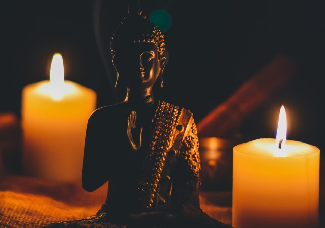 EASY candle meditation – how to do it