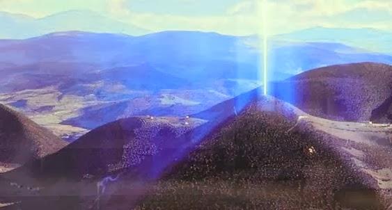 luz pirâmides - To no Cosmos