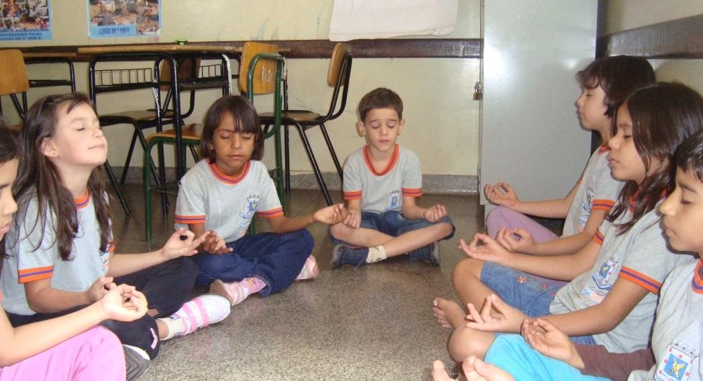 sala de aula meditação - To no Cosmos
