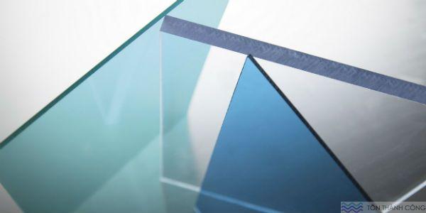 Mua bán polycarbonate đặc ruột - tấm lợp lấy sáng TP.HCM