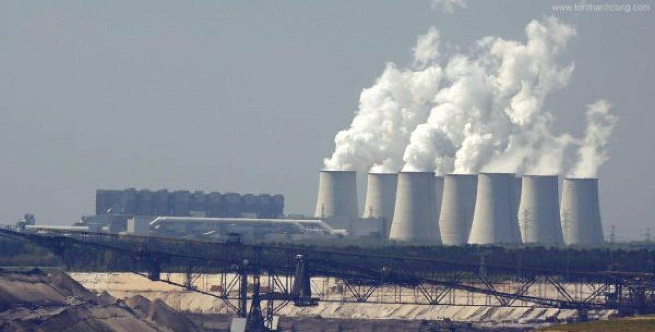 Nhà máy hóa chất - Tôn Kháng Ăn Mòn PVC-A