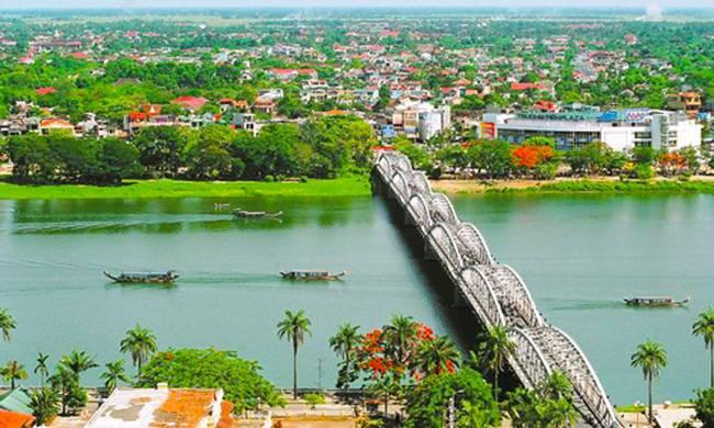 Thừa Thiên Huế Nhìn Từ Trên Cao.