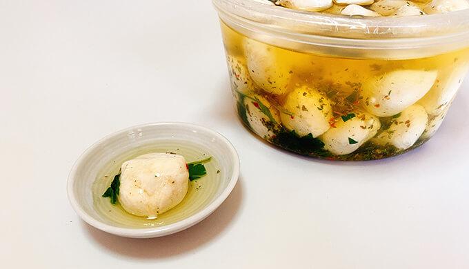 フレッシュモッツァレラFORMAGGIO(チーズとオイル)