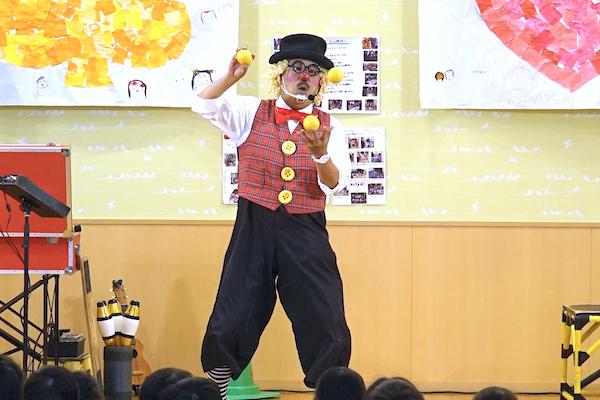 日進市の保育園でピエロのショーに園児たちが超盛り上がり♪愛知県日進市