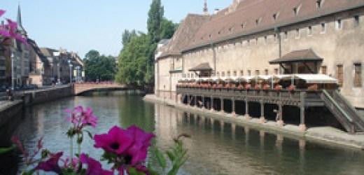 Strasbourg, thành phố Tân Cổ giao duyên.